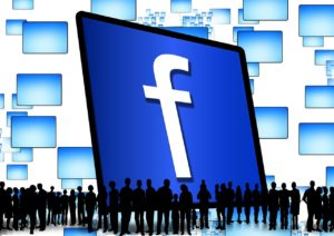10 methods of increase in traffic and involvement of buyers with support of Facebook